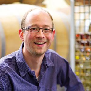 Winzer Markus Meier hat Spaß an gutem Wein