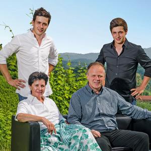 Familie Manfred Tement, der Nachwuchs steht bereits in den Startlöchern