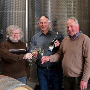 Drei Winzer und ein Wein - Drei Generationen Aufricht in ihrem Keller